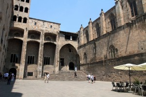 The Plaça del Rei (a 14th-century AD medieval public square that is surrounded by the Palau Reial Major, which was a residence of the counts of Barcelona and, later, of the Kings of Aragon).