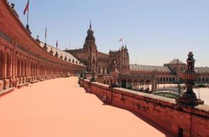The upper level of the Plaza de España.