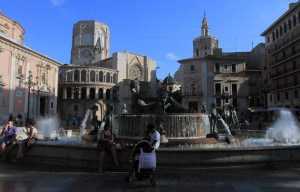 The fountain in the Plaça de la Verge (the square behind the Valencia Cathedral).