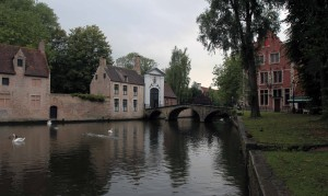 Bridge leading to the entrance of the Bruges Béguinage.