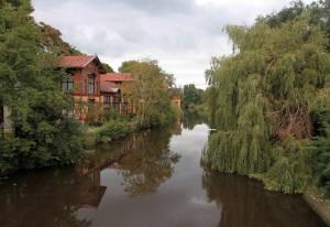 Plantage Muidergracht canal.
