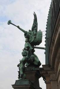 An angel trumpeter adorning the outside of the Cathedral.