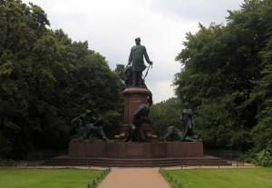 Statue of Otto von Bismarck.