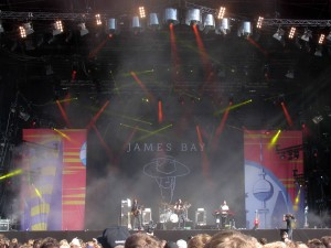 James Bay and his band.