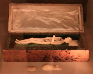 An anatomical model of a pregnant woman (ca. 1700 AD).