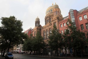 The New Synagogue in Berlin, built in 1866 AD.
