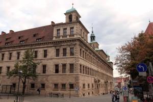 The façade of Nuremberg's town hall.