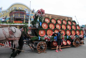 The Spatenbräu beer carriage.