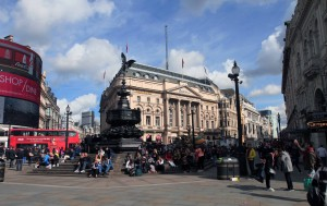 Another view of Piccadilly Circus.