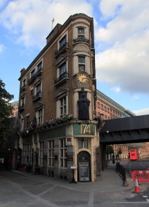 The Black Friar pub.
