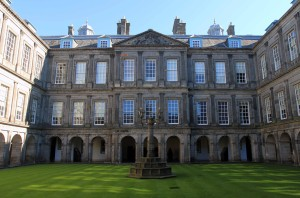 The quadrangle in Holyrood Palace.