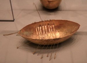 Gold model of a boat, found with a hoard of other gold artifacts in Derry County (1st-century BC).