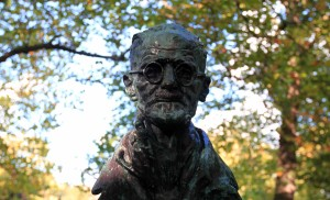 Bust of James Joyce.