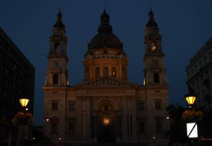 St. Stephen's Basilica at night.
