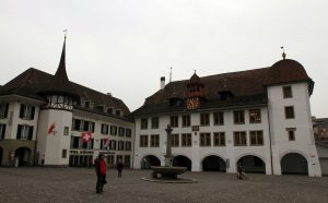 "The Rathausplatz (""City Hall Square"") with the Town Council Hall of Thun on the right."