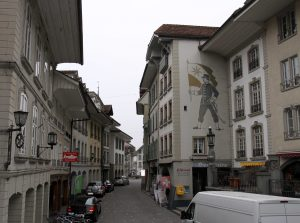 Obere Hauptgasse in Thun, looking toward the Rathausplatz.