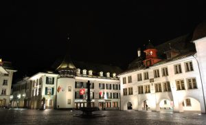 Another view of the Rathausplatz with the Town Council Hall of Thun in view.