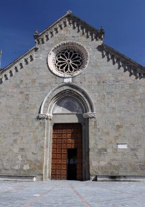 Church of San Lorenzo in Manarola.